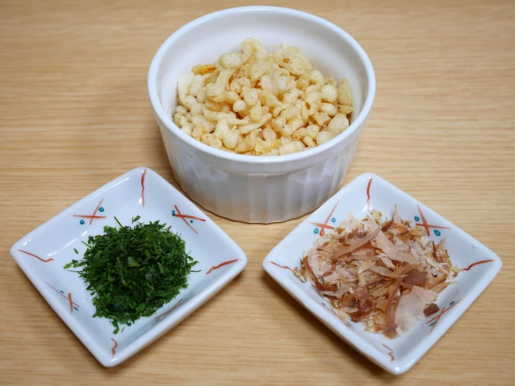Tenkasu, Aonori and Bonito flakes